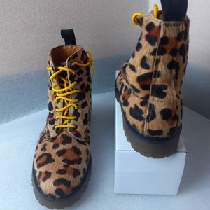 RARE 🐅💯%Leather Cheetah DM'S BOOT 8m/9w UNICORN